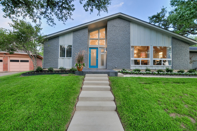 PBH Keith Heights - Midcentury - Exterior - Dallas - by PBH ...