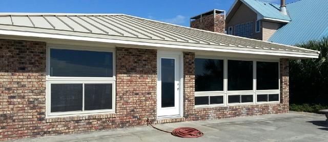 Pensacola & Destin Florida Windows by Hometown Contractors, Inc.  850.995.9947 traditional-exterior