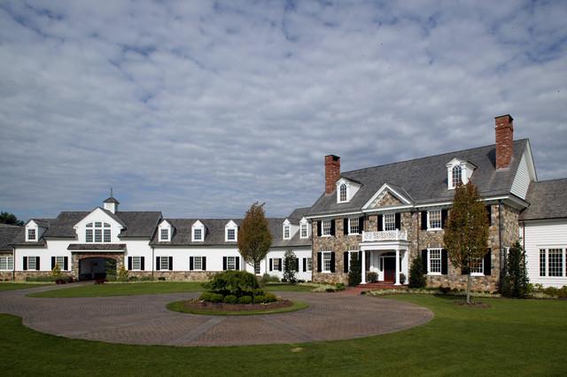 Period Colonial Home exterior
