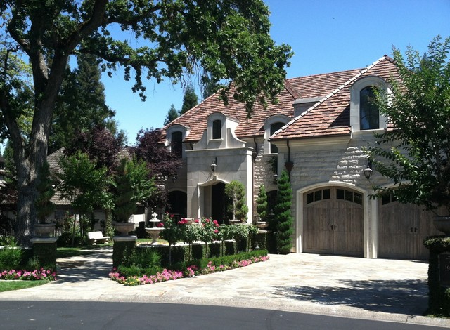 Petite french chateau traditional exterior for French chateau exterior design