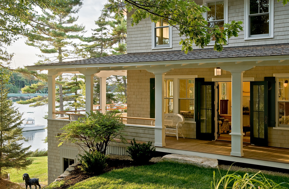 Example of an exterior home design in Portland Maine