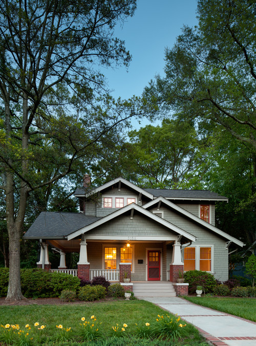 Interior design style craftsman queen bee of honey dos for Craftsman homes in charlotte nc