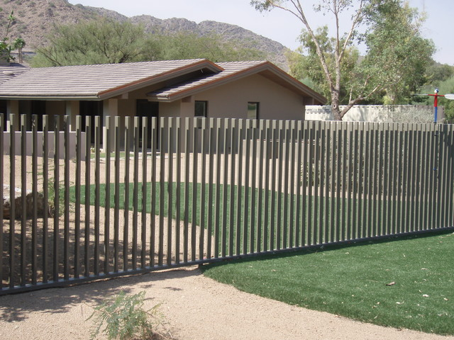 Pool Fence - Contemporary - Exterior - Phoenix - by Grizzly Iron, Inc