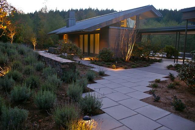 poolhouse contemporary-exterior
