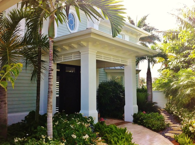 Porch of Palms tropical entry