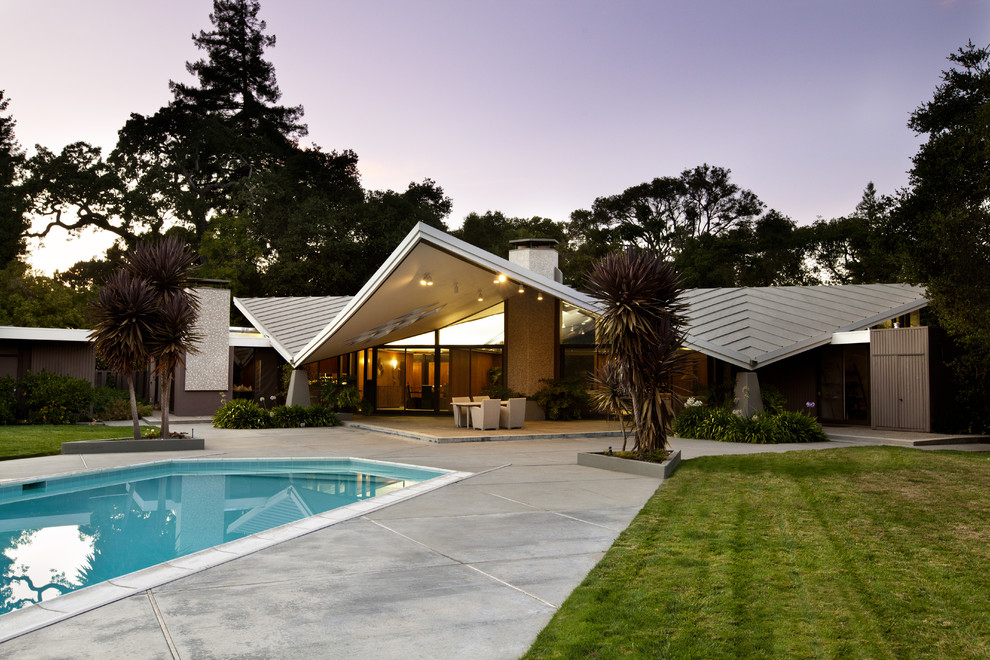 Example of a 1950s one-story exterior home design in San Francisco
