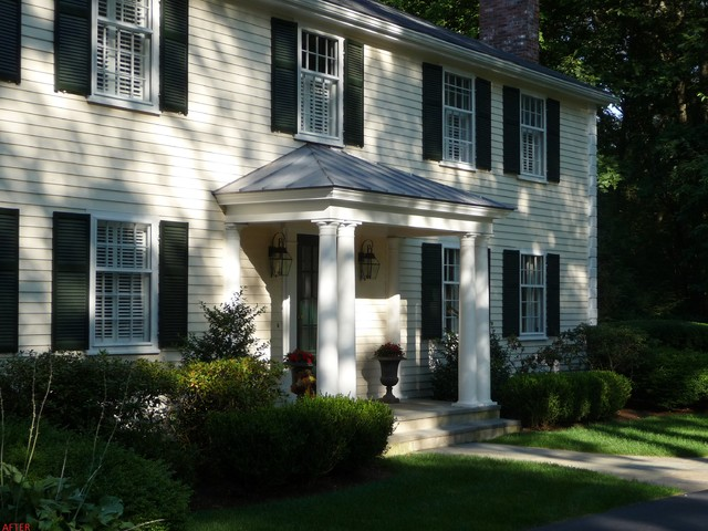 Portico Wellesley traditional-exterior