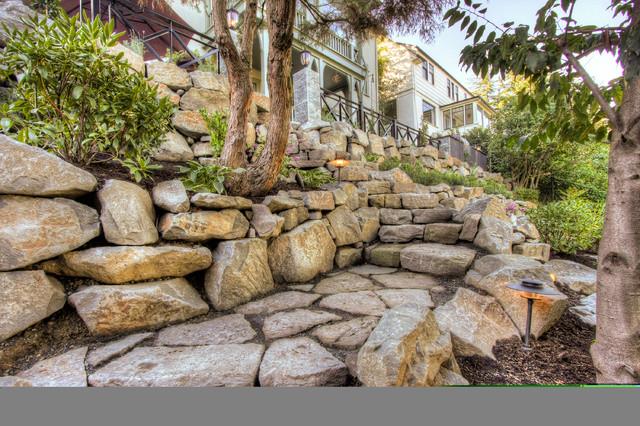 Portland Landscaping Overlook traditional-exterior