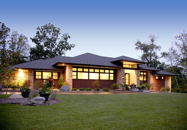 Prairie style home contemporary exterior detroit for Modern prairie style homes