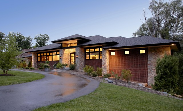 Prairie style home contemporary exterior detroit for Contemporary prairie style homes