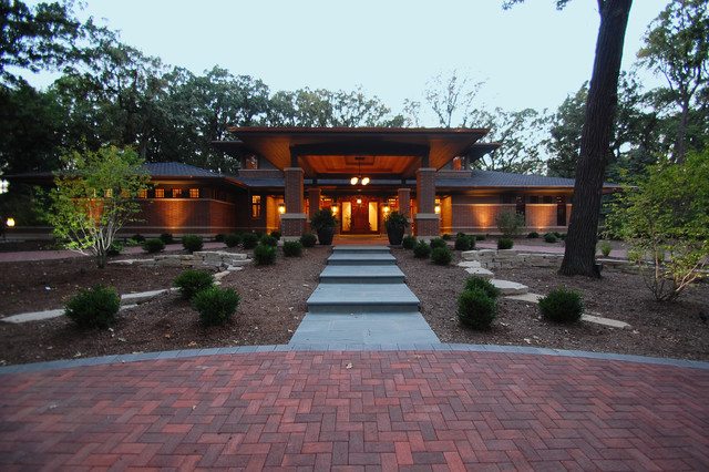 Prarie Amidst the Oaks traditional-exterior