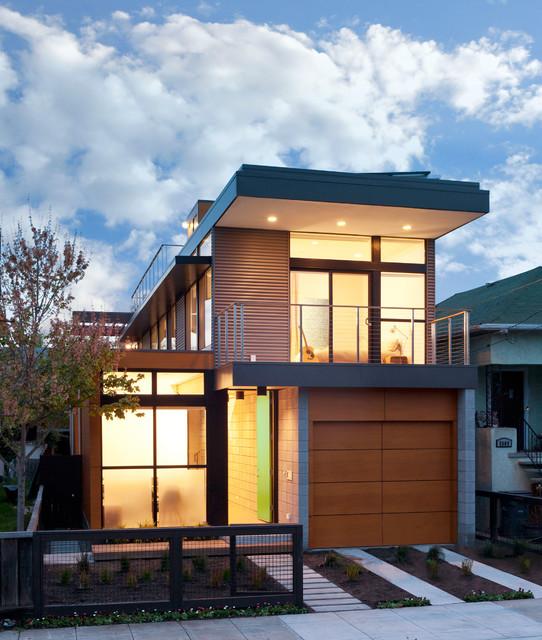 Prefab Protoype House modern-exterior