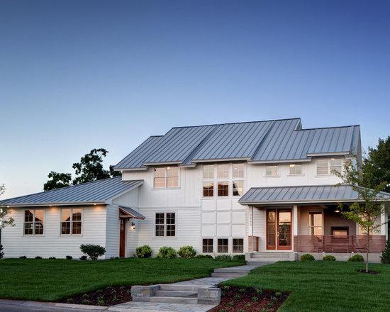 Dutch gable roof exterior design ideas pictures remodel for Farmhouse exterior