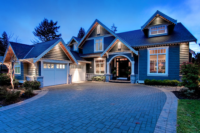 Nice Inspiration For A Mid Sized Timeless Two Story Wood Gable Roof Remodel In  Vancouver Part 29