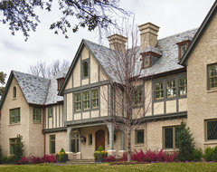 Private Residence - English / Tudor traditional exterior