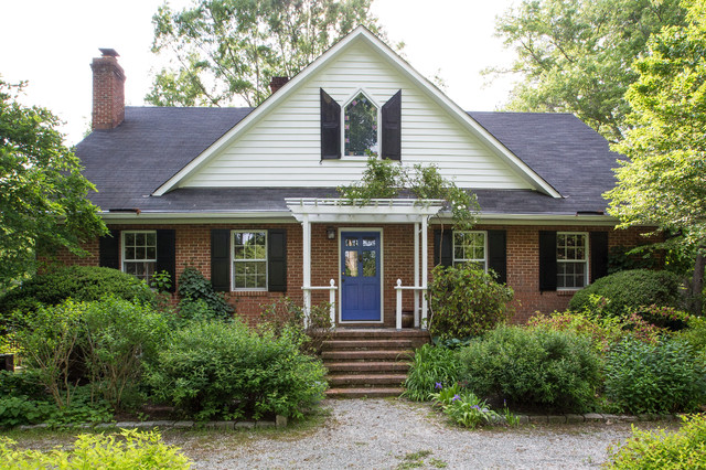 Protect Painters Exterior Painting In Chapel Hill Nc Traditional Exterior Raleigh By