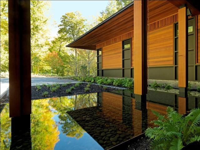 Quaker Bluff Residence rustic-exterior