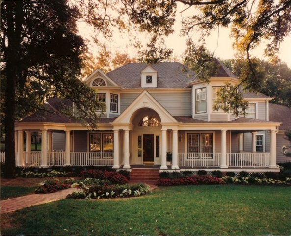 Queen Anne Victorian Traditional Exterior
