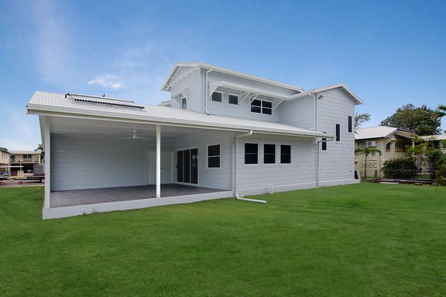 Queenslander renovation townsville exterior for Beach house designs townsville