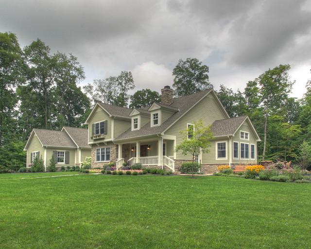 Quiet Casual Home: Exterior traditional-exterior