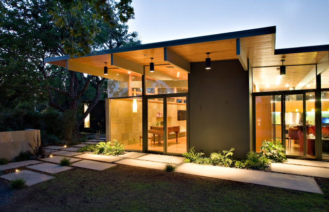 Quince Reverse Shed Eichler - Midcentury - Exterior - san francisco - by Guy Ayers, Architect