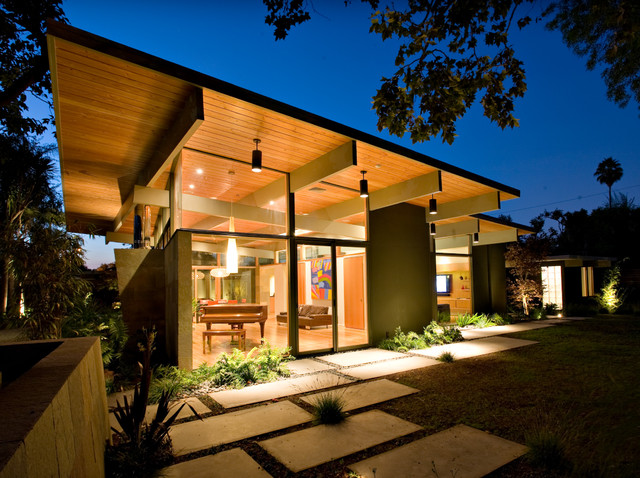 Quince Reverse Shed Eichler Midcentury Exterior San
