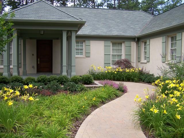 Ramsey Landscape Associates, Inc. traditional-exterior