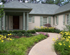 Ramsey Landscape Associates, Inc. traditional-exterior