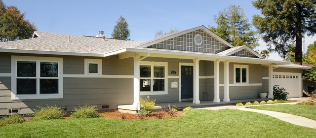 ranch style dressing traditional exterior