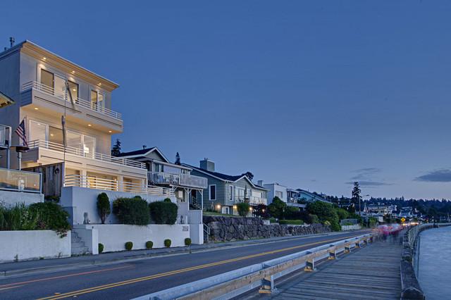 Redondo Beach, Wa - Modern - Exterior - seattle - by John G Wilbanks Photography, Inc.