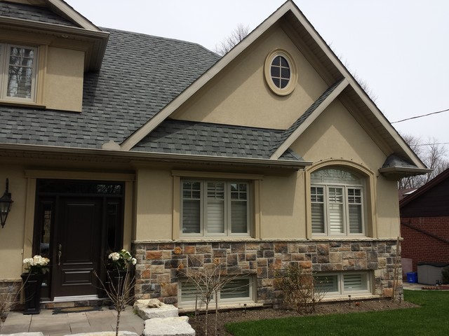 Renovation in Mississauga's Ravine traditional-exterior