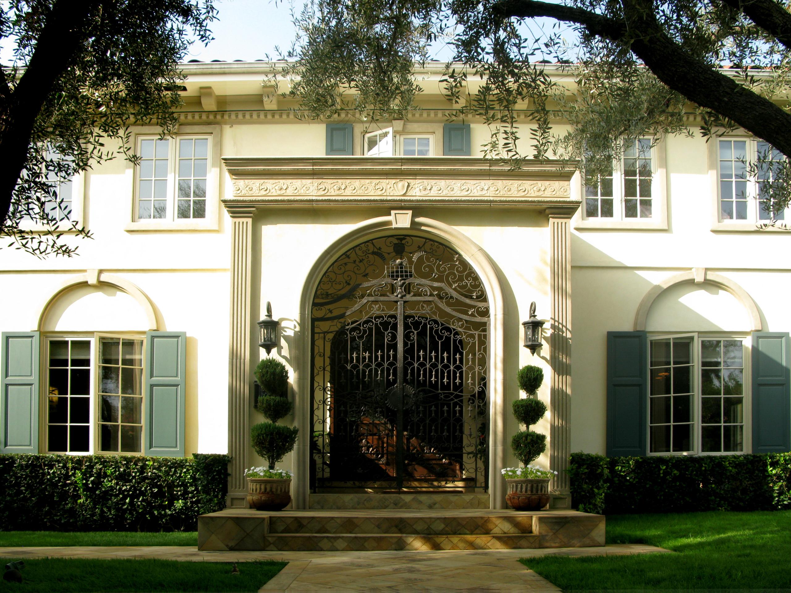 Residence in Hancock Park