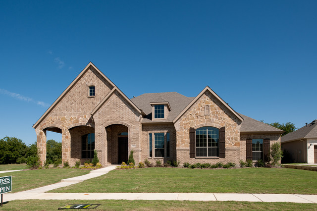 Residential Traditional Exterior Dallas By Acme