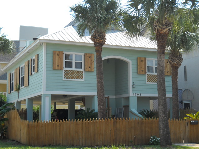 Residential painting contractors Jacksonville tropical-exterior