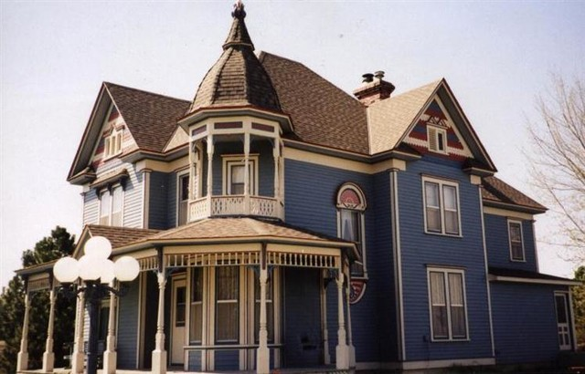 Residential Roofing traditional-exterior