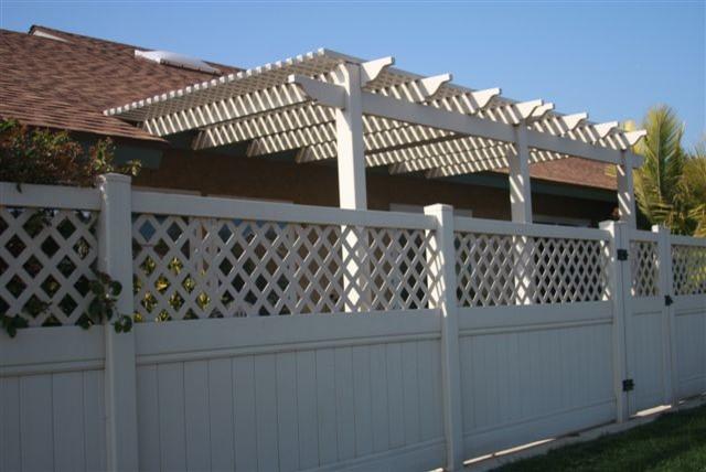 Residential Semi Privacy Vinyl Fence W Lattice Patio Cover Gatecontemporary Exterior Los Angeles