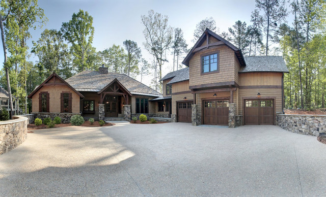 Reynolds Plantation Lake Home traditional-exterior