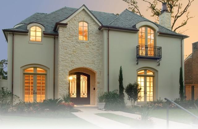 River Oaks traditional-exterior