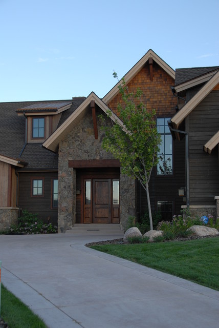 river valley ranch big view traditional-exterior