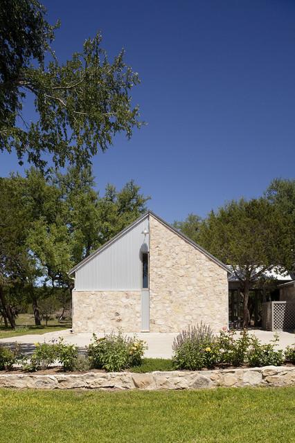 Rocky Creek Ranch rustic-exterior