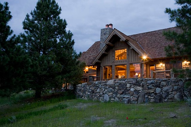 Rocky Mountain Log Homes Hybrid Log Home Exterior