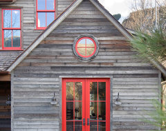 Rocky Mountain Retreat rustic-exterior