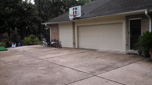 Roof king platinum basketball system traditional exterior for Basketball garage