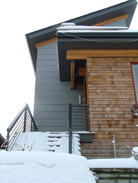 Roosevelt Residence - Modern Exterior with Cedar, Hardi and