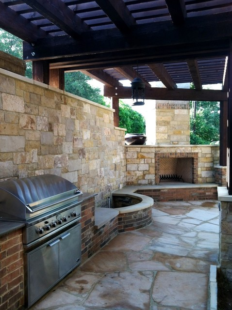Round Rock Outdoor Bbq Fireplace Amp Privacy Wall