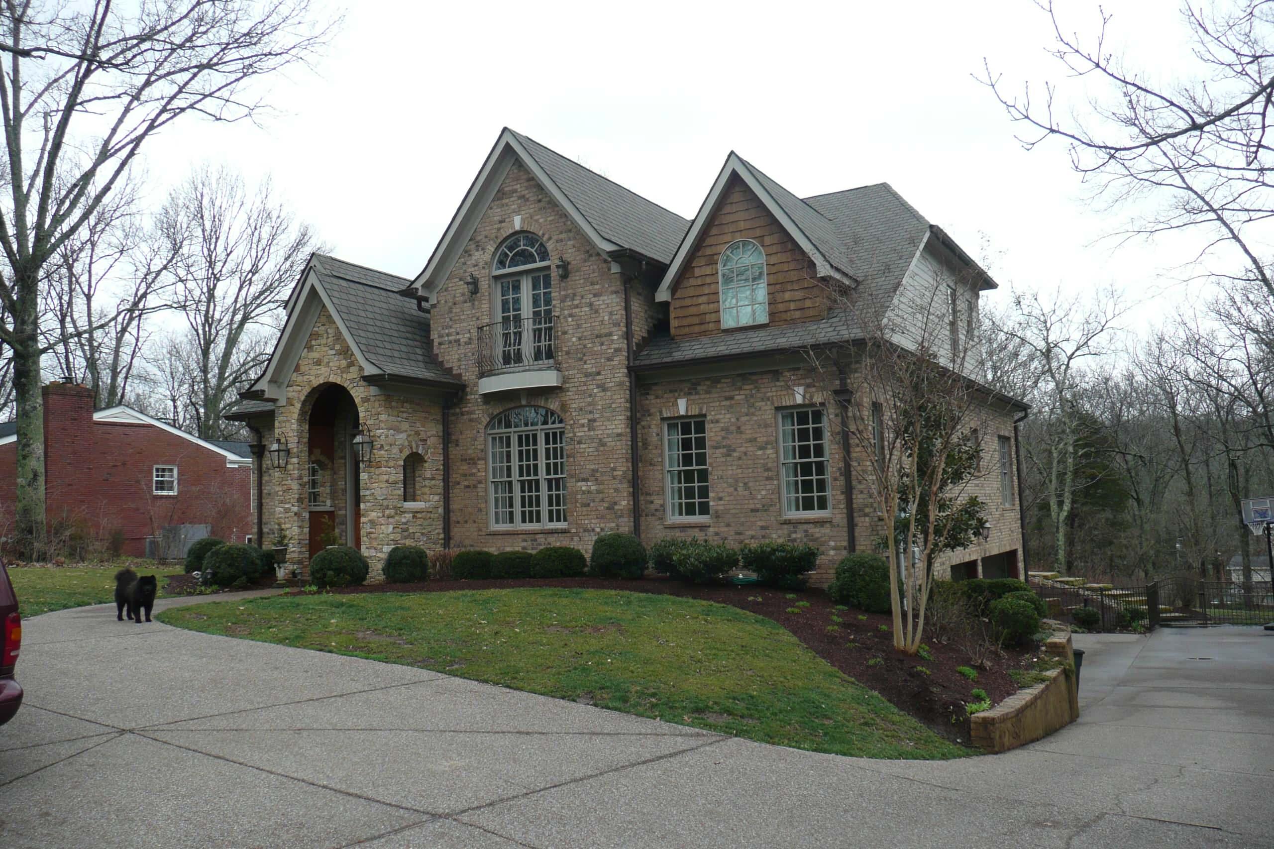 Royal Oaks House