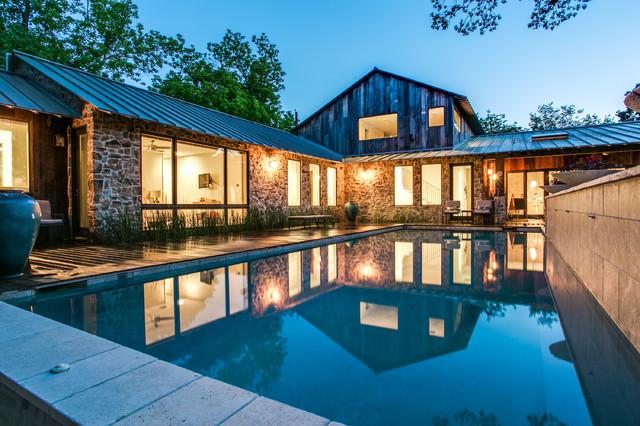 Rustic barnwood farmhouse in dallas tx modern - Rustic modern farmhouse exterior ...