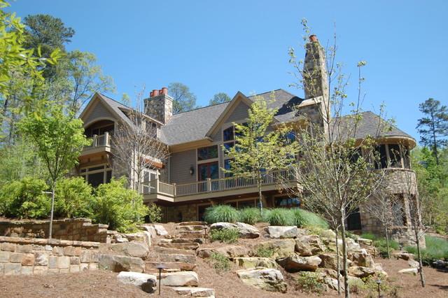 Rustic Lake House Retreat