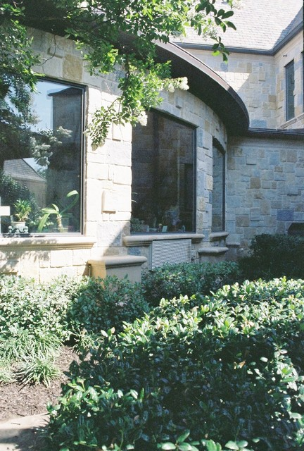 S.L.  RESIDENCE traditional-exterior