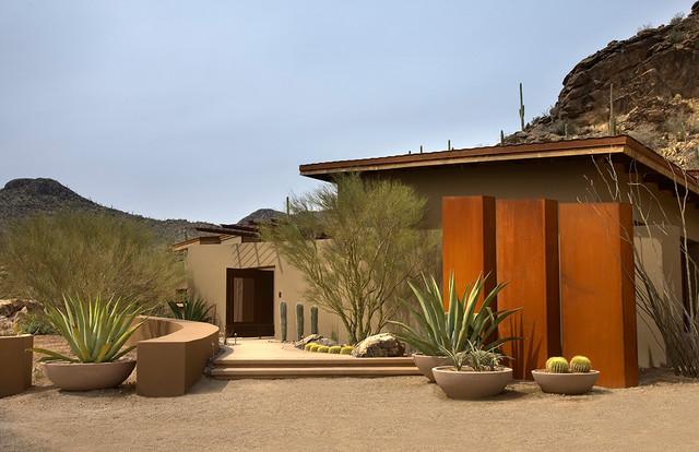 Saguaro Ranch contemporary-exterior